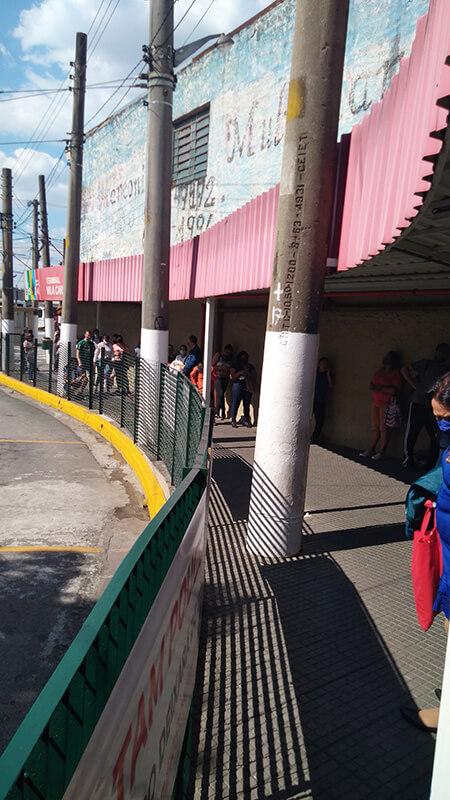 Falta de sistema no terminal Vila Carrão